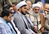 نوسرودۀ مؤدب در مدح امام رضا(ع): «دعایم کن همیشه در پناه این حرم باشم»