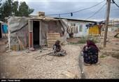 آمادهباش کامل دستگاههای اجرایی برای خدمترسانی به زلزلهزدگان کرمانشاه؛ توزیع چادر و بسته غذایی