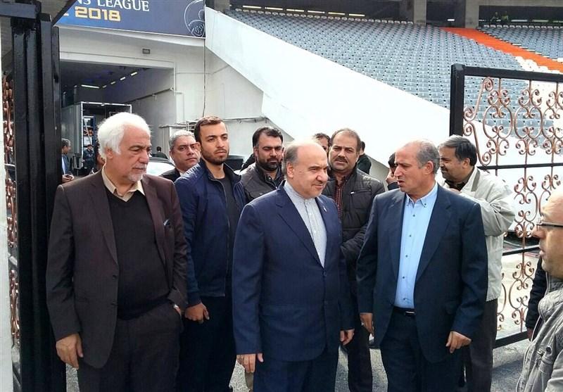 تاج برای دیدار با سلطانیفر در وزارت ورزش حاضر شد