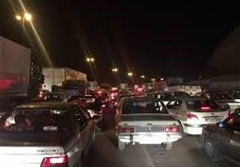 دلایل ترافیک چندکیلومتری در محور فسا ـ شیراز / تردد در محورهای فارس 50 درصد کاهش یافت