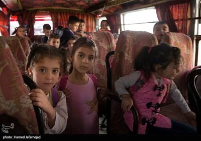 """دانش آموزان مدرسه ابتدایی سوری، منطقه """"الصبوره """" در استان ریف دمشق"""