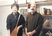 پیوند فرهنگیِ ایران و ژاپن پیش از جدال در فینال آسیا / وقتی یک ژاپنی تنبور مینوازد + فیلم