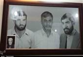 نماینده ولیفقیه در استان کرمان با خانواده شهیدان هندوزاده دیدار کرد