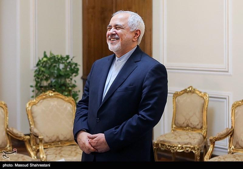 آرزوی ظریف برای شادی و صلح جهانی در سال نو میلادی