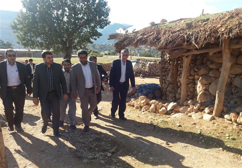 مدیرکل کمیته امداد فارس از مناطق محروم و صعبالعبور رستم بازدید کرد