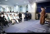 """قائد الثورة الاسلامیة : الحرب الراهنة فی عالم الیوم هی """"حرب الارادات"""""""