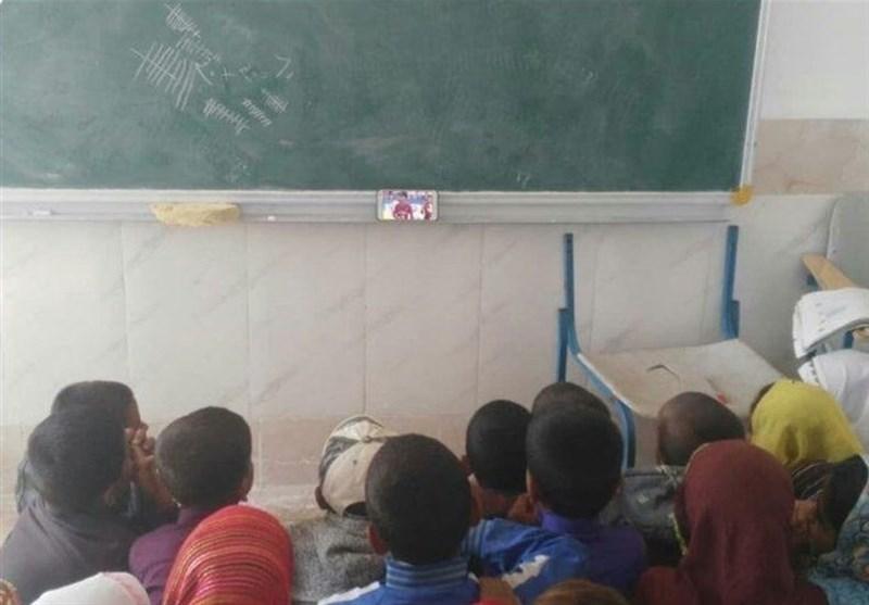 تلنگر یک عکس/ روایت معلم از روزهای تحصیل در جغرافیای محرومیت