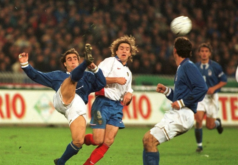 فوتبال جهان | صعود ایتالیا به جام جهانی با بوفون 19 ساله