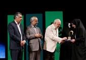 از کتابداران برگزیده کتابخانههای عمومی کشور تقدیر شد
