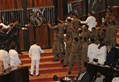 Chaos Sri Lanka's Parliament as Rivals Spar (+Video)