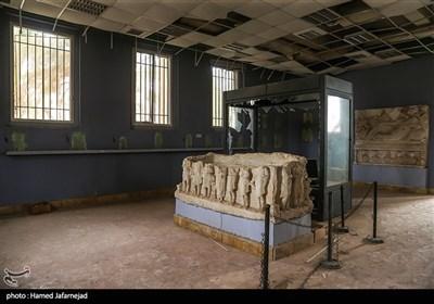 تخریب آثار تاریخی و باستانی توسط داعش در موزه پالمیرا