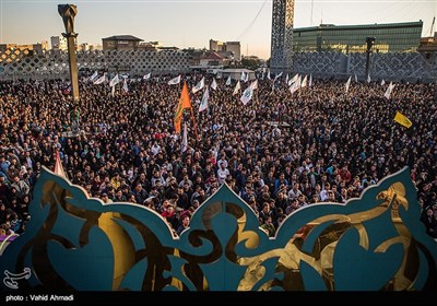 جشن عید بیعت در میدان امام حسین تهران