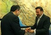 دور زدن قانون در دفتر رئیسجمهور؛ تختروانچی و حسینپور بازنشستهاند