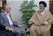 سرپرست استانداری آذربایجان شرقی با امام جمعه تبریز دیدار کرد