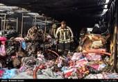 انبار کالا در بازار حضرتی آتش گرفت + تصاویر