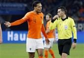 فوتبال جهان| دلیل گریه کردن داور دیدار آلمان و هلند + عکس