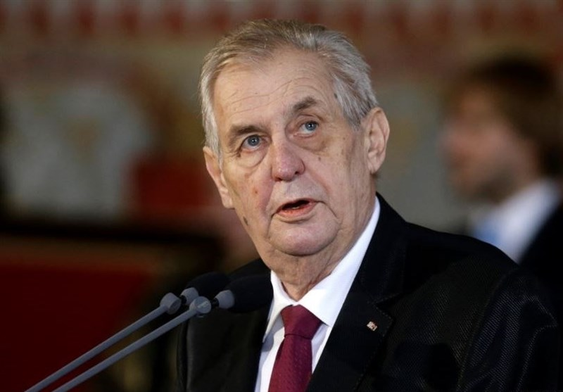Czech President: Arms Race to Start if Deals Like INF Abandoned
