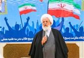 امام جمعه یزد: اگر کسی فکر میکند در مسئله اقتصادی بنبست داریم سخت در اشتباه است