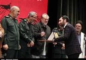 تقدیر جانشین فرماندهکل سپاه از خبرنگار تسنیم + عکس
