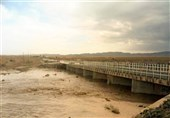 خوزستان| محور امیدیه به دیلم به محض فروکش شدن آب بازگشایی میشود