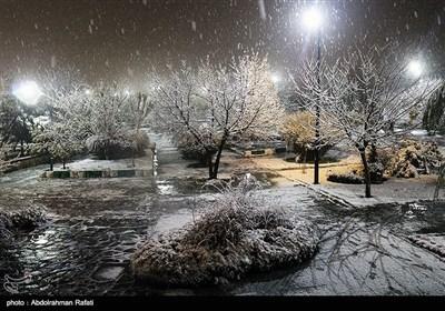 ایران: ہمدان میں موسم خزاں کی پہلی برف باری