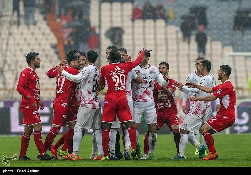 باشگاه پرسپولیس: همه جا سر تیم ما را میشکنند، حرف هم میزنند/ قبل از فینال مجبورمان کردند تا در لیگ بازی کنیم