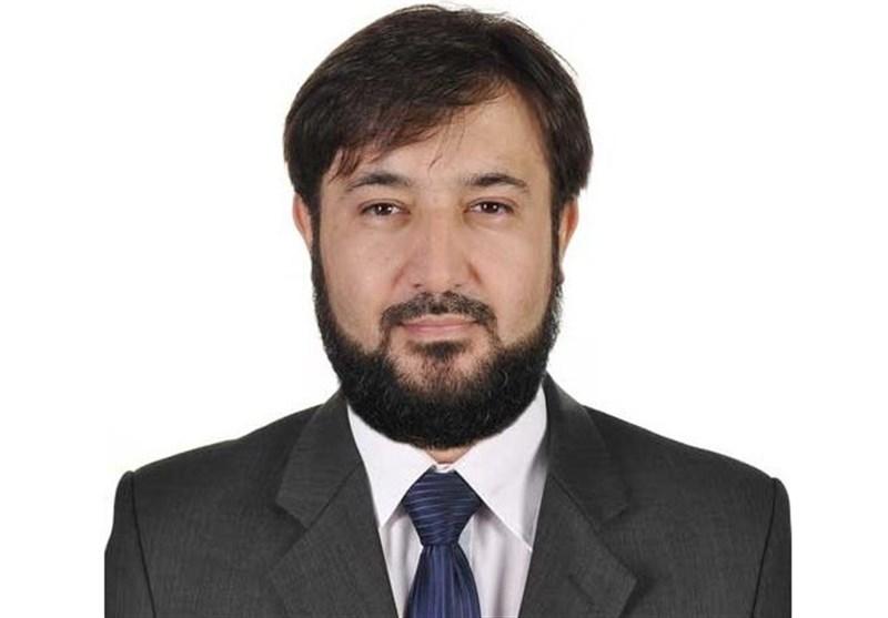 فعال سیاسی تاجیک: داعش خطری برای تاجیکستان نبوده و تنها ابزاری برای جلب توجه است