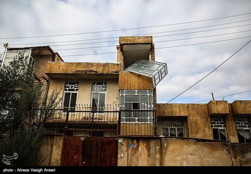 Quake Causes Panic in West Iran