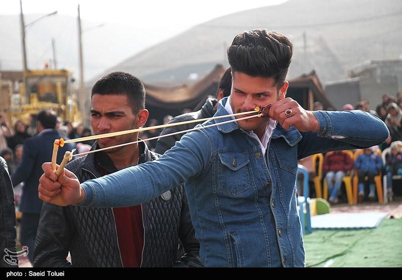 جشنواره بازیهای بومی و محلیدر پارکهای مشهدمقدس برگزار شد