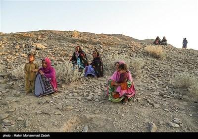 توزیع سبد کالا در روستاهای صعب العبور بلوچستان