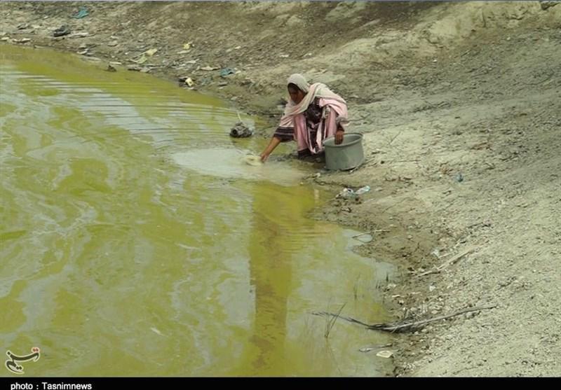 700 هزار نفر در سیستان و بلوچستان «سقایی» آبرسانی میشوند+فیلم