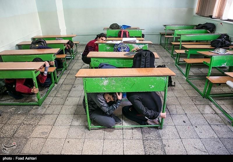 مانور زلزله و ایمنی با حضور 160 هزار دانش آموز در مدارس خراسان جنوبی برگزار شد