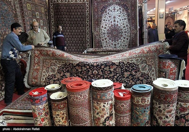 سالانه 40 هزار مترمربع فرش دستباف ابریشم در استان قم تولید میشود