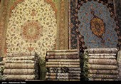 مددجویان کمیته امداد استان کرمان سالانه 14 هزار متر مربع فرش میبافند