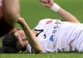 فوتبال جهان| نجات معجزهآسای فوتبالیست کرهای پس از شکستن گردنش در زمین فوتبال+ عکس