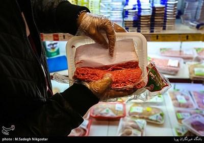 سرکشی سازمان تعزیرات از یکی از فروشگاه های مواد غذایی