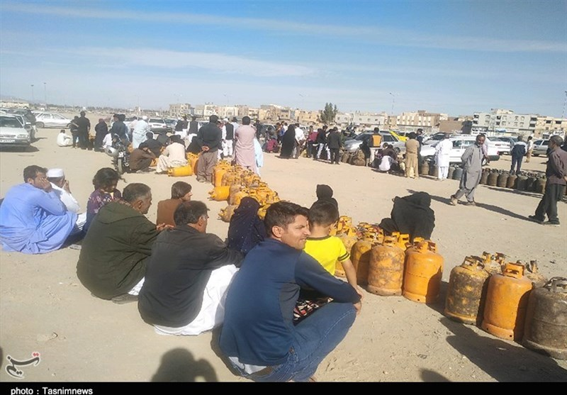 داستان ادامهدار کمبود گاز در زاهدان / سرمای کمسابقه امان مردم را برید+ تصاویر