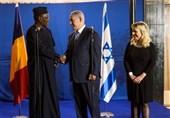 """""""Çad Cumhurbaşkanı Siyonist Yetkililere Uzun Bir İstek Listesi Verdi"""""""