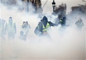 Over 100 Arrested as Violent Clashes Break Out in Paris Streets (+Video)