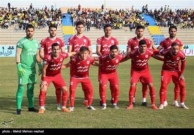 دیدار تیمهای فوتبال پارس جنوبی جم و تراکتورسازی تبریز