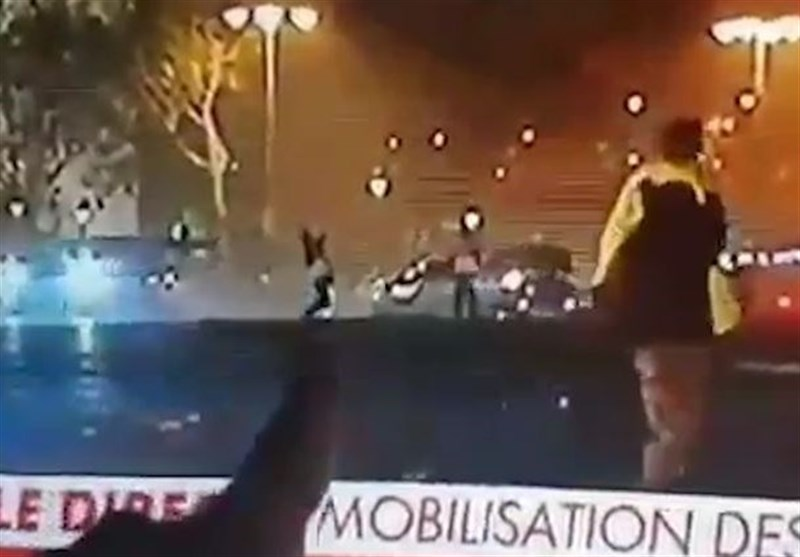 yellow vest protester gunned down by french crs sniper in paris video