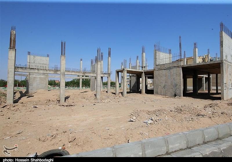 مجموعههای ورزشی و تفریحی کارگران استان یزد نیمه کاره هستند