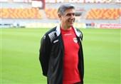 تبریز| افشین قطبی: همه میتوانند در تیم پرمهره کار کنند اما هدایت تیمی مثل فولاد کار هر کسی نیست/ دلم برای هواداران ایرانی تنگ شده است