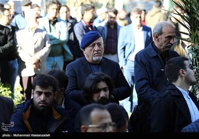 محمدجواد حق شناس در مراسم تشییع پیکر مرحوم زرویی نصرآباد