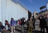 US Border Police Detain Caravan Migrants for Crossing Border from Tijuana (+Video)