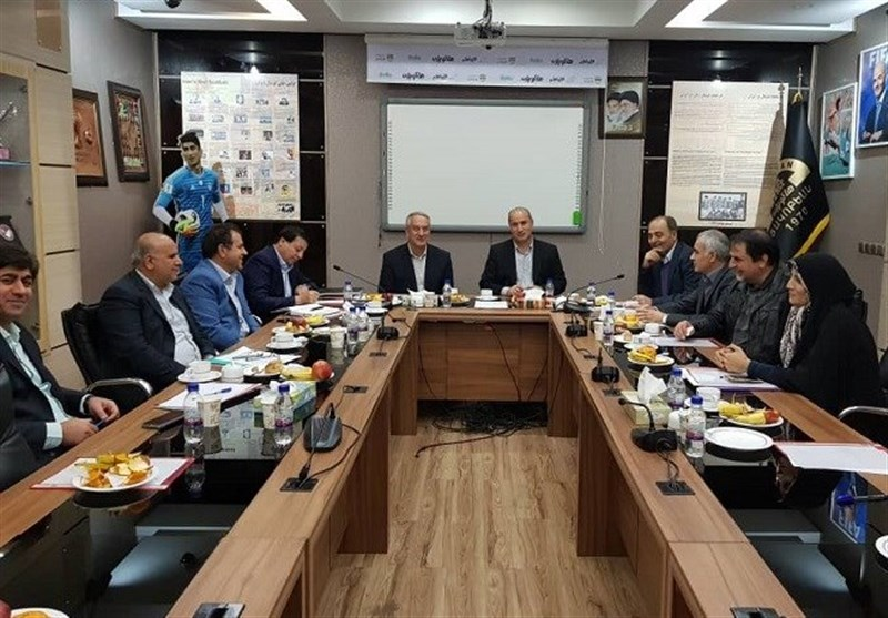 زمان برگزاری مجمع عمومی فدراسیون فوتبال مشخص شد/ موضع اعضای هیئت رئیسه در قبال قانون منع بکارگیری بازنشستگان