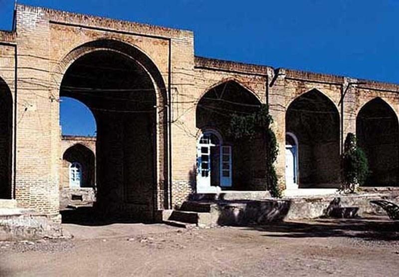 کرمانشاه| زلزله به کاروانسرای تاریخی قصرشیرین خسارت وارد کرده است
