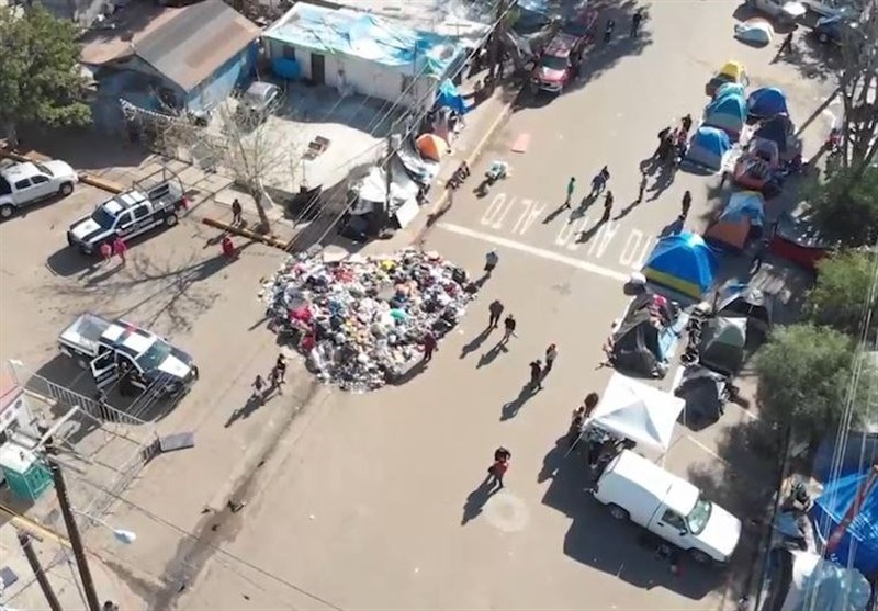 Migrants Attacked at Makeshift Shelter in Tijuana as US-Mexico Border Tension Flares Up (+Video)