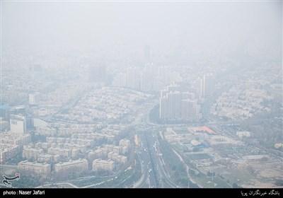 تشدید آلایندههای هوا در پایتخت؛ شهروندان تهرانی از خروج غیرضروری از منزل خودداری کنند