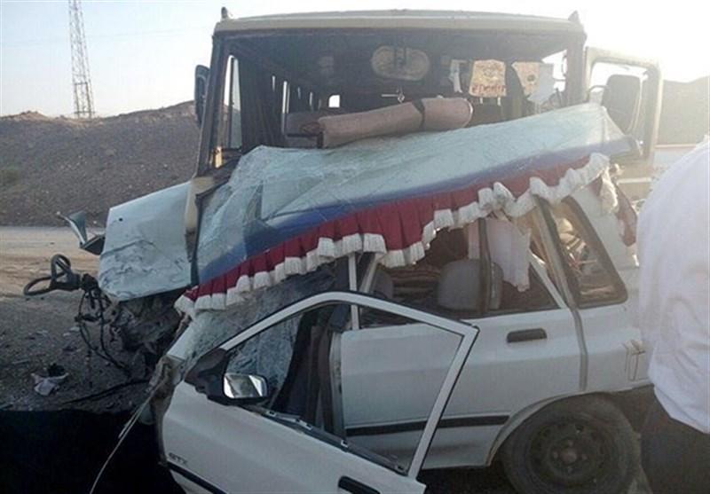 تصادف در اتوبان قم - کاشان 5 کشته و یک مصدوم برجای گذاشت